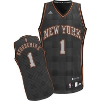 "*New York Knicks Revolution 30 ""Ritmo"""